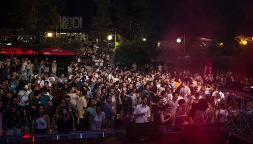 Disco Dancing Chalet Paola #PERAROCK FESTIVAL w/ #PARTYHARDY